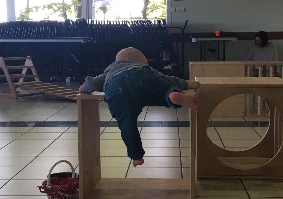 A JeJoueMot', les enfants sont libres de leurs mouvements et de leurs initiatives…